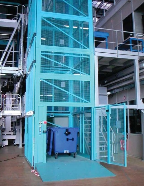 Electro-hydraulic-goods-lift-CEFAM-S_Page_1-1-233x300